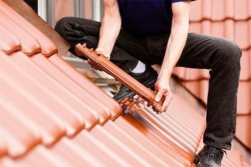 Choosing a Roofing Company – Tips For DIY Roofers